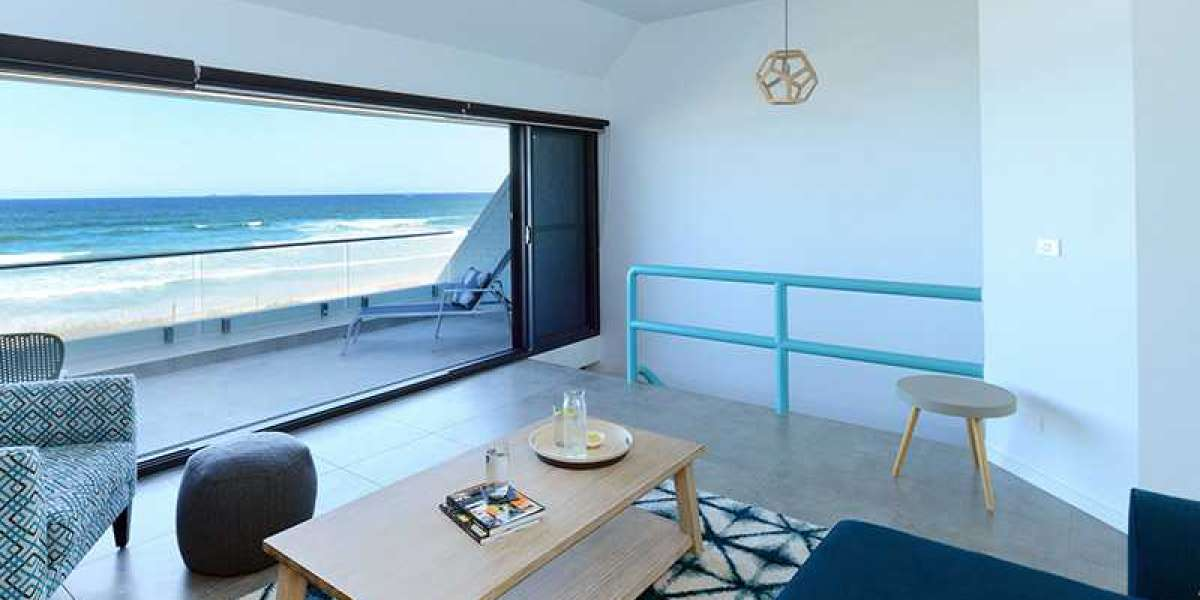 ?Why Book a Luxury Holiday Apartment